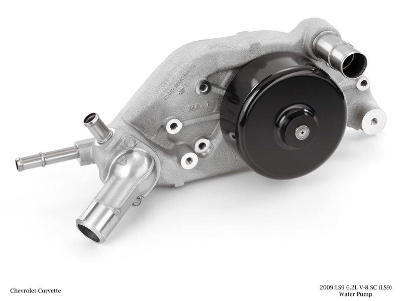 Co se skrývá pod kapotou Corvette ZR1: - fotka 64