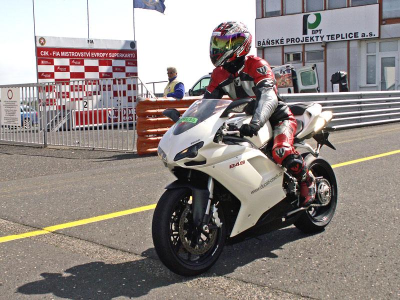 Ducati den - Autodrom Most 2009: - fotka 35