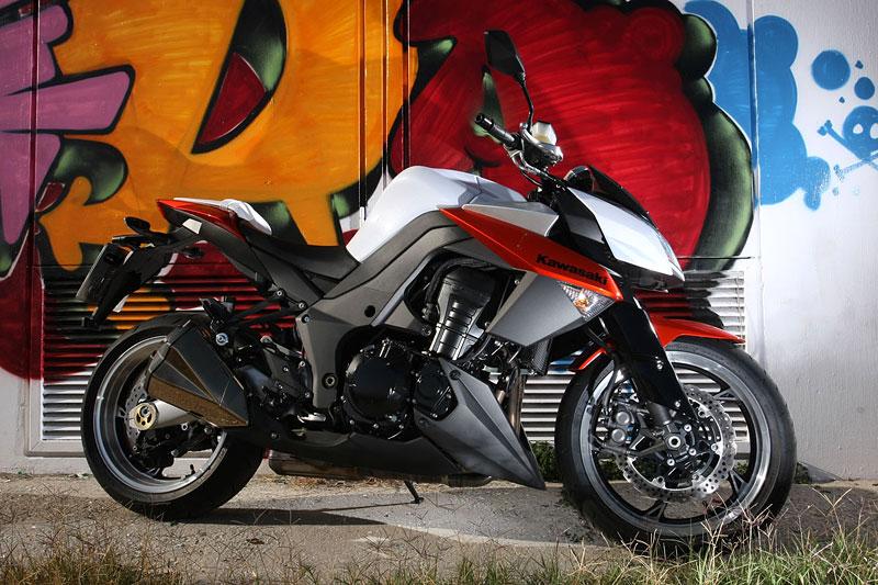Kawasaki Z1000 - Velký Zed opět na scéně (představení): - fotka 15
