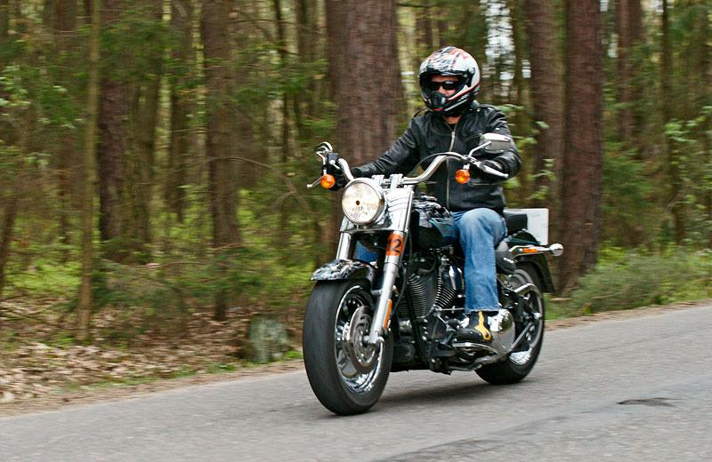 Za řídítky Harley-Davidson: Electra Glide, Road King a V-Rod: - fotka 26