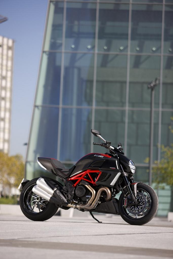 Oficiální představení Ducati Diavel: - fotka 28