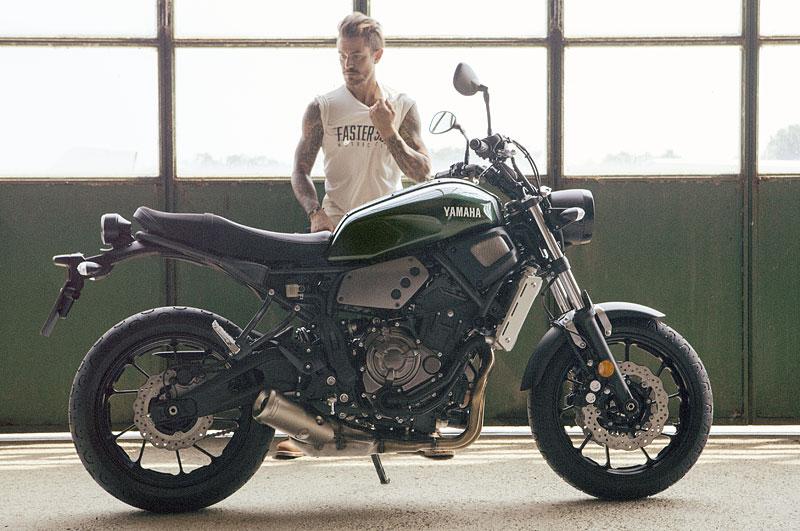 Yamaha XSR700: Rychlý potomek: - fotka 19