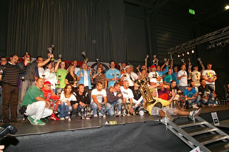 AZ pneu Tuning Salon 2010: Malé připomenutí velké akce: - fotka 104