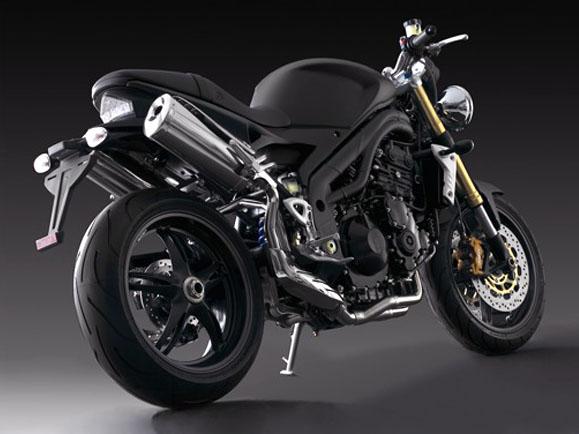 Triumph Speed Triple 1050 matt black: temný gladiátor: - fotka 3