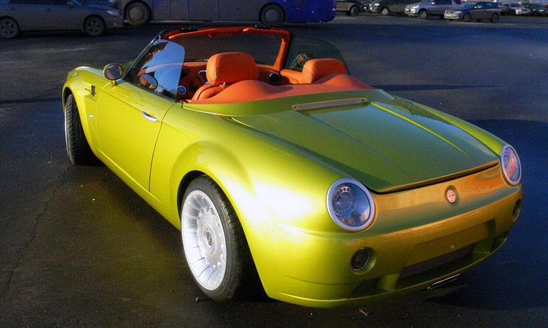 Cardi Body II: dvoumístný roadster s technikou BMW: - fotka 8