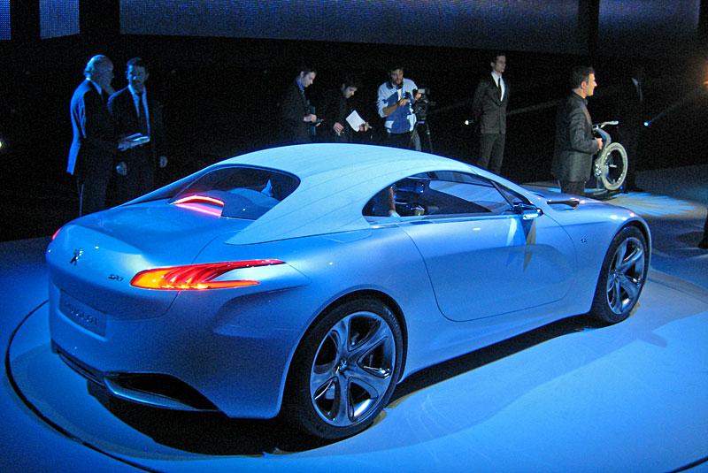 Koncept SR1: nová image Peugeotu přichází: - fotka 36