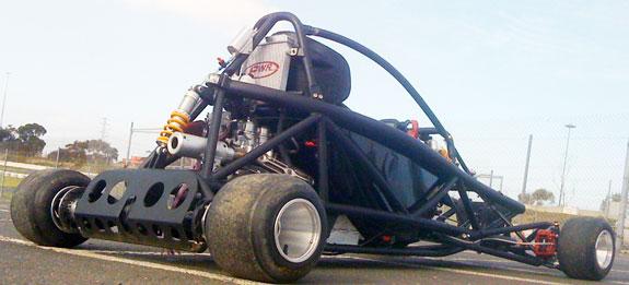 Hyper PRO Racer: Supermotokára s hmotností jen 160 kilogramů!: - fotka 8