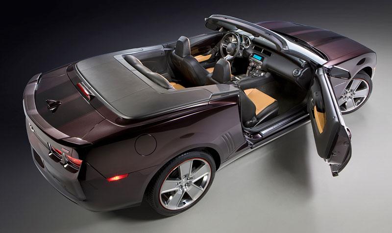 Chevrolet Camaro Convertible míří do katalogu Neiman Marcus: - fotka 3