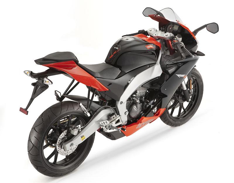 Aprilia RS4 50/125 – Superbiky pro mladé: - fotka 10