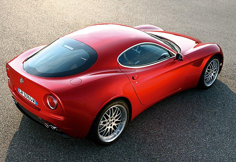 Pod lupou: Alfa Romeo 8C – včera a dnes: - fotka 60