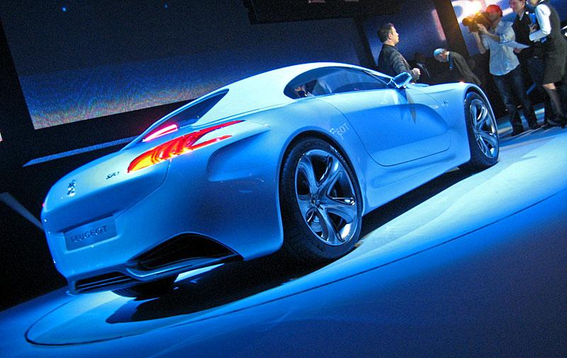 Koncept SR1: nová image Peugeotu přichází: - fotka 37