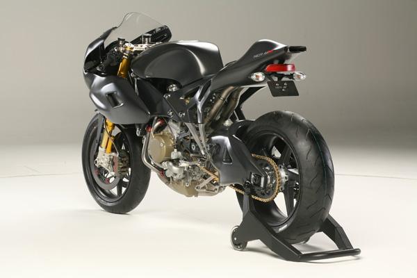 NCR M16: Ducati Desmosedici RR po zásahu dvorního ladiče: - fotka 8