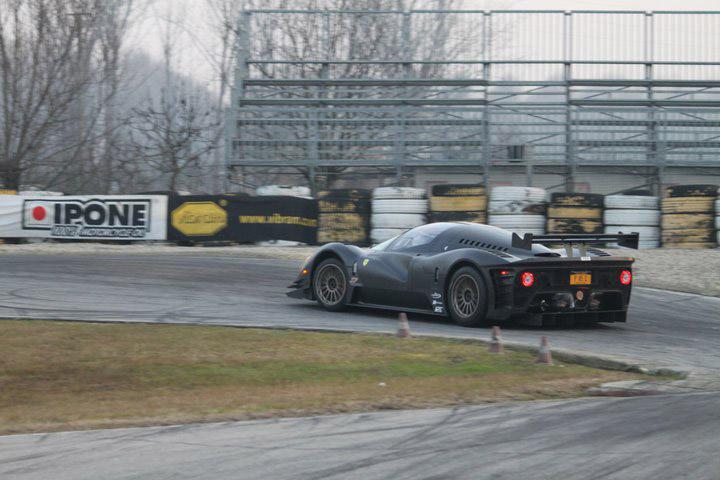 Ferrari P4/5 Competizione: první úspěšné testy na Nürburgringu: - fotka 40