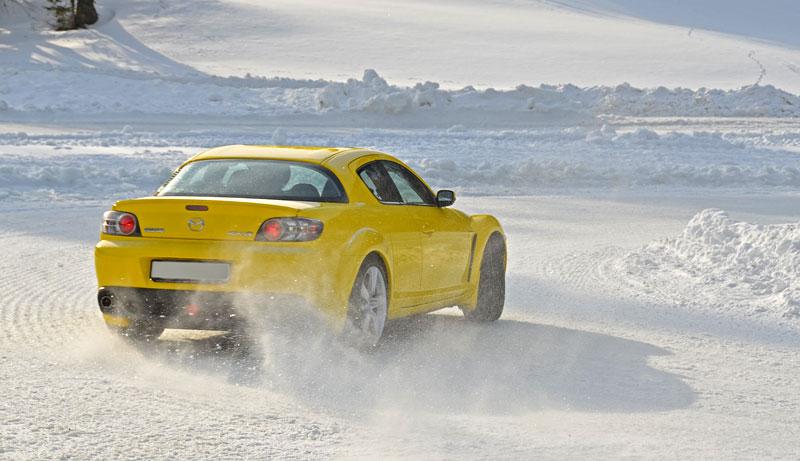 Exelero Cars Snow Driving Adventure 2012: - fotka 7