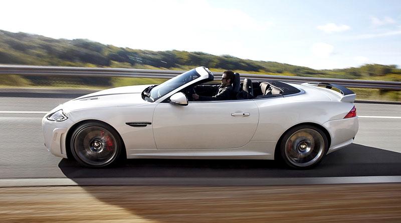 Pod lupou: Jaguar R aneb 25 let rychlých koček: - fotka 55