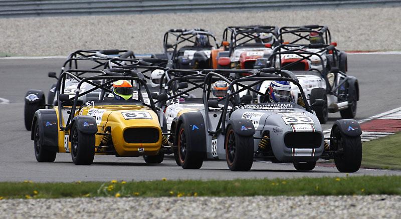Essen Motor Show 2010: velká fotogalerie závodních aut: - fotka 43