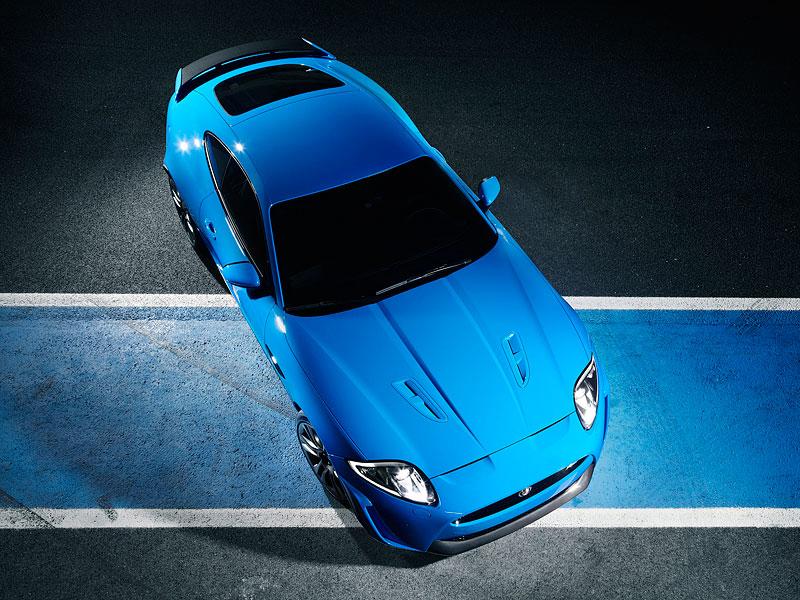 Pod lupou: Jaguar R aneb 25 let rychlých koček: - fotka 57