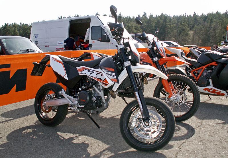 KTM Festival 2010 - oranžový den pod Bezdězem: - fotka 44