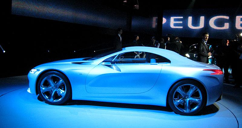 Koncept SR1: nová image Peugeotu přichází: - fotka 41
