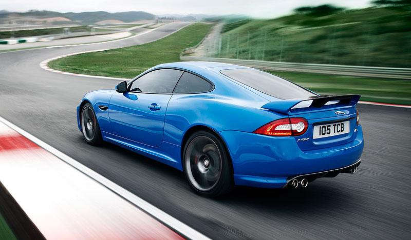 Pod lupou: Jaguar R aneb 25 let rychlých koček: - fotka 59
