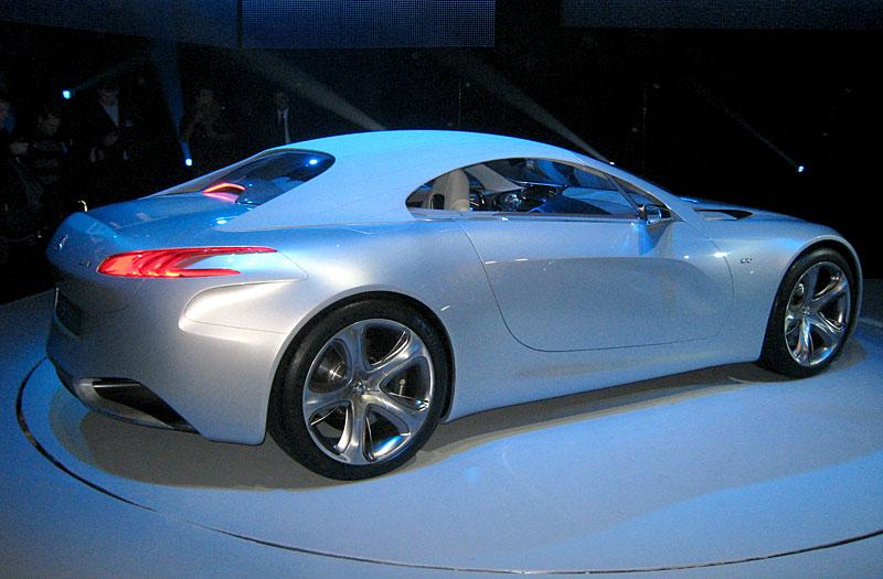 Koncept SR1: nová image Peugeotu přichází: - fotka 42