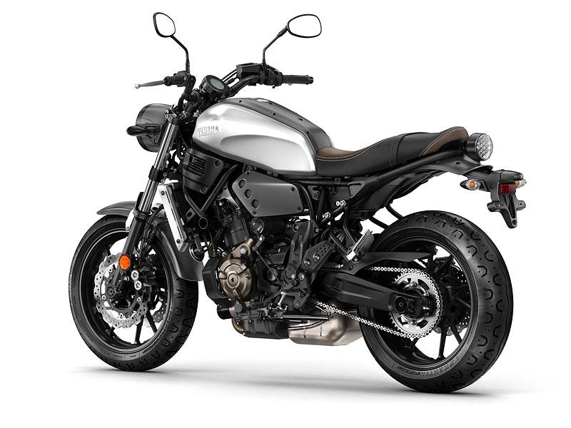 Yamaha XSR700: Rychlý potomek: - fotka 25