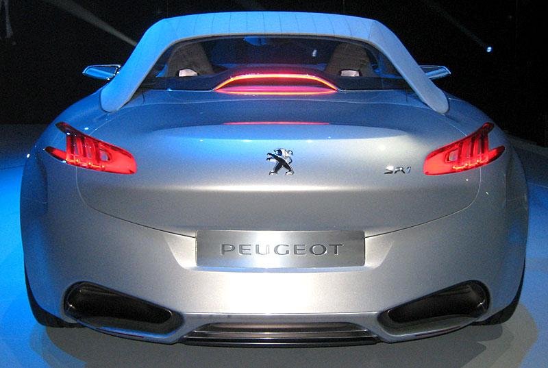 Koncept SR1: nová image Peugeotu přichází: - fotka 43