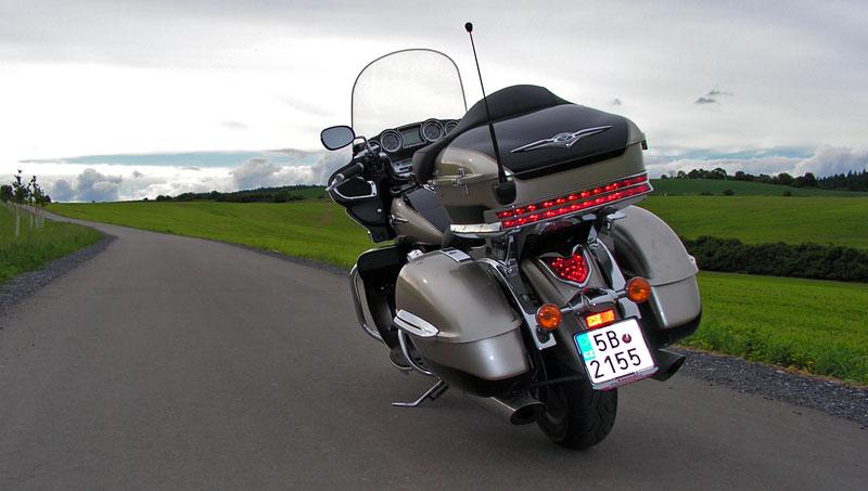 Test: Kawasaki VN1700 Voyager a srovnání s Harley-Davidson Electra Glide: - fotka 23