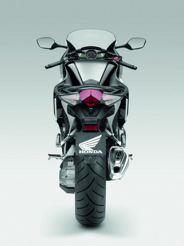 Intermot 2010 - Honda pouze v jiných barvách: - fotka 27