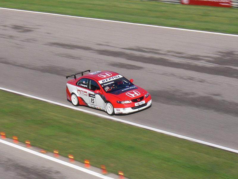 Reportáž: S Chevroletem na WTCC ve Valencii: - fotka 52