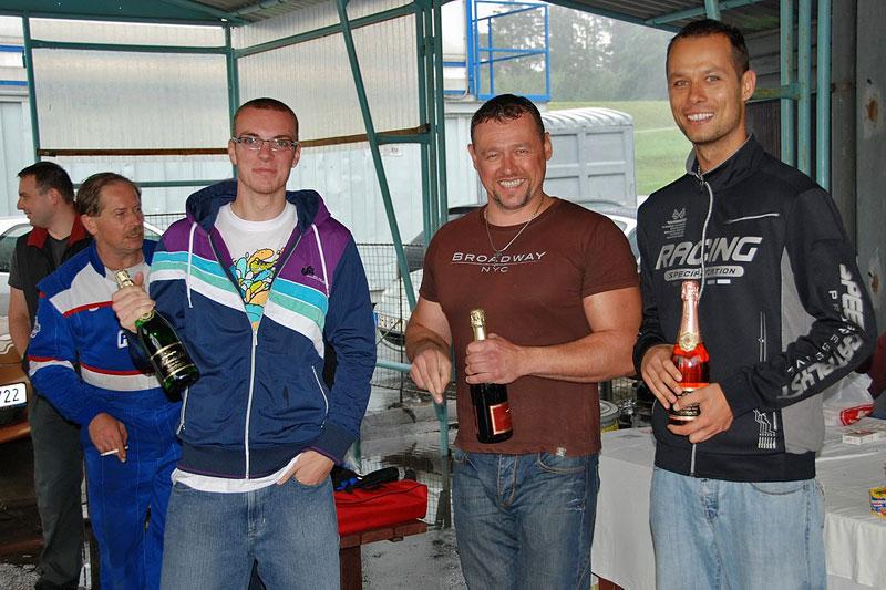 Miata Cup 2010: třetí závod - Vysoké Mýto: - fotka 61