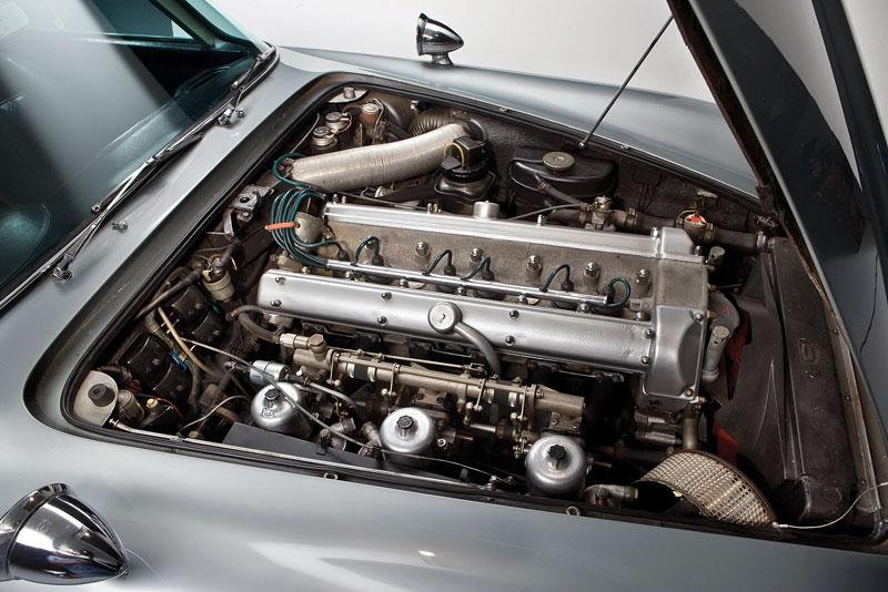 Aston Martin DB5 po Jamesi Bondovi prodán: - fotka 30