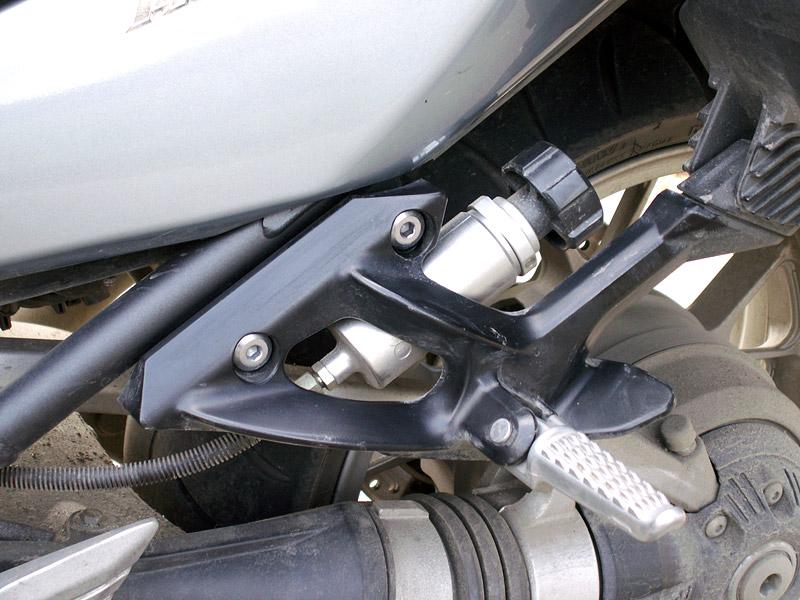 Dueltest - Yamaha FJR1300A vs. Kawasaki 1400GTR: - fotka 26
