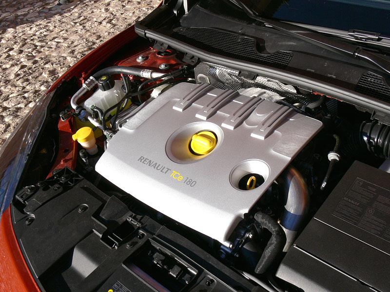 Za volantem: Renault Mégane Coupé: - fotka 53