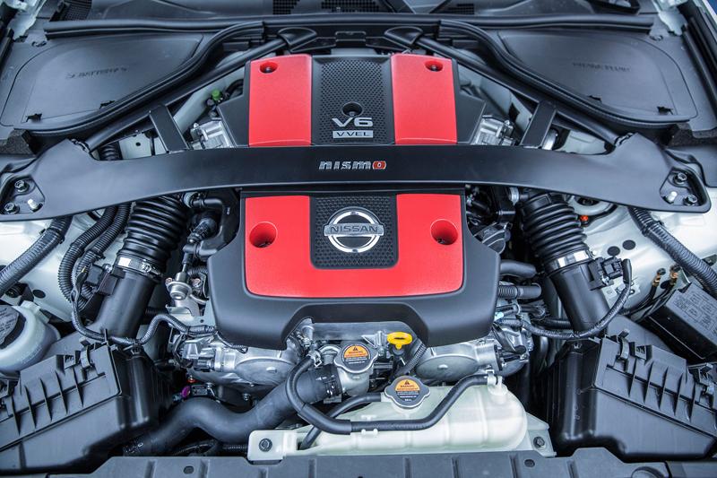 I ty, Nismo? Nissan 370Z bude z audiosystému pouštět falešný zvuk motoru: - fotka 11