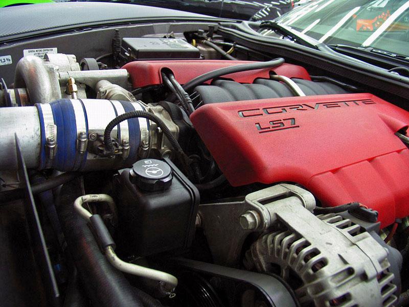 Corvette Z06 Romeo Ferraris: hamburger se špagetami: - fotka 17