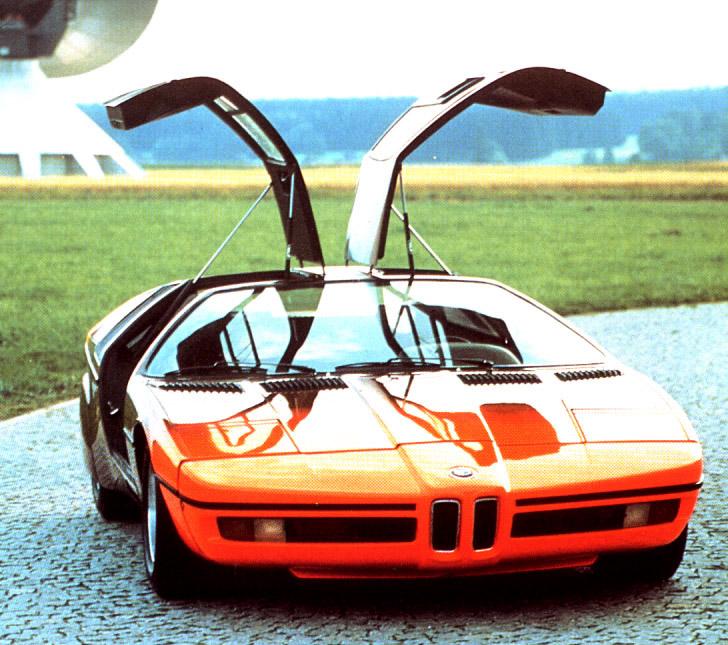 BMW M1 slaví 30 let: - fotka 2