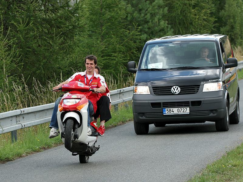 Víkend se Superbiky na brněnském okruhu (velká fotogalerie): - fotka 100