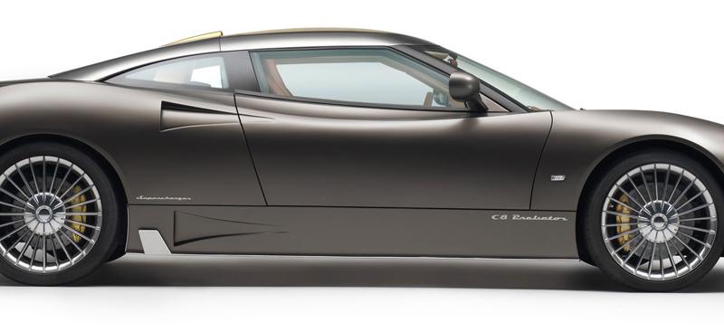 Spyker C8 Preliator: Evoluce namísto revoluce: - fotka 11