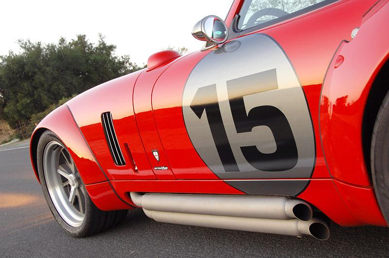 Shelby Daytona Coupe Le Mans Edition: replika závodní hvězdy: - fotka 26