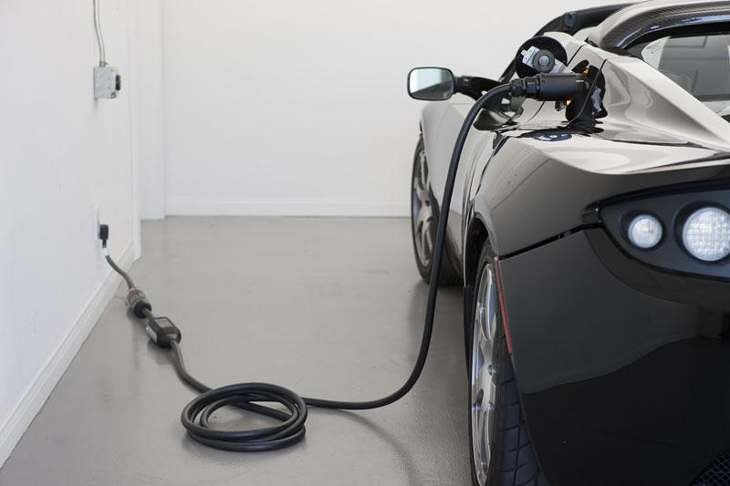 Tesla žaluje BBC: v Top Gearu prý lhali: - fotka 13