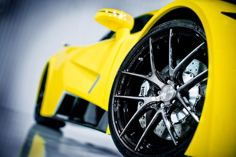 Arash AF8: Britský supersport se 7,0 V8 (410 kW): - fotka 23