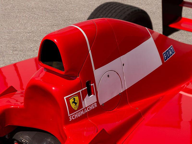 Formule 1 po Schumacherovi je k mání za 18 milionů korun: - fotka 8