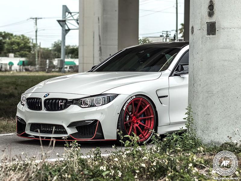 BMW M4 Coupé: Sněhobílý dravec s extrémním výkonem: - fotka 18