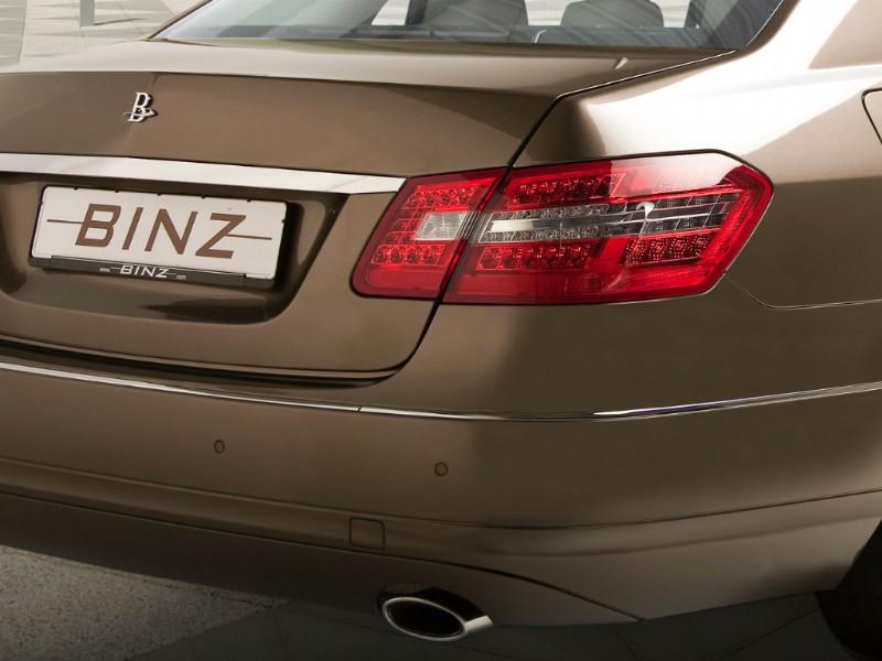 Binz: šest dveří pro Mercedes-Benz třídy E: - fotka 17