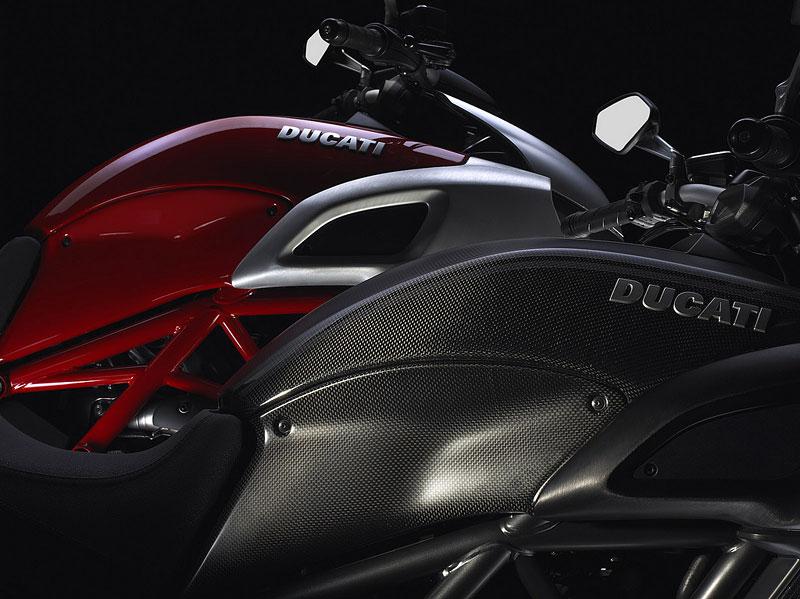 Oficiální představení Ducati Diavel: - fotka 39