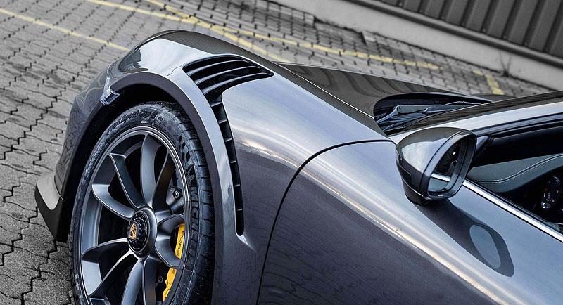 Porsche 911 Targa 4 GTS může být od 911 GT3 RS téměř k nerozeznání: - fotka 10