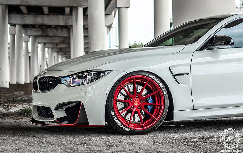 BMW M4 Coupé: Sněhobílý dravec s extrémním výkonem: - fotka 19
