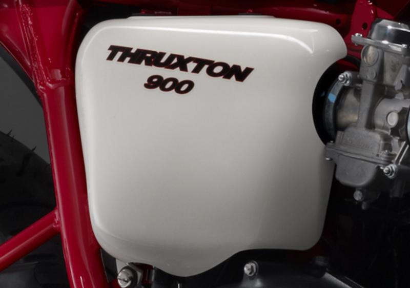 Triumph Thruxton SE: ještě více stylu pro café racer: - fotka 7
