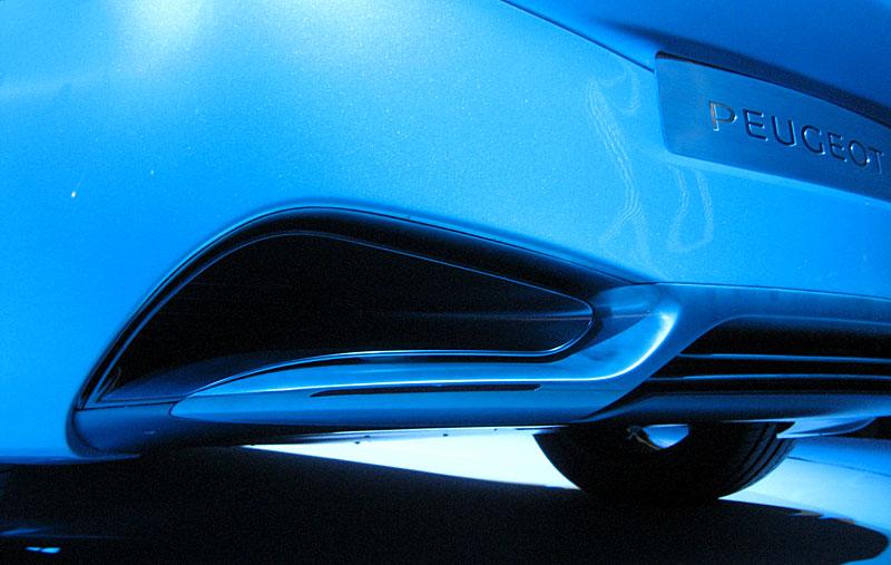 Koncept SR1: nová image Peugeotu přichází: - fotka 46